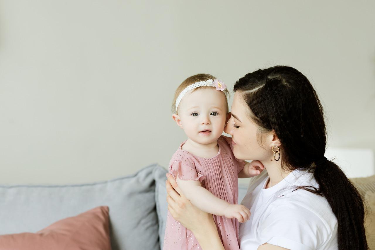 Astuce pour maman : s'occuper de bébé et de la maison en même temps !